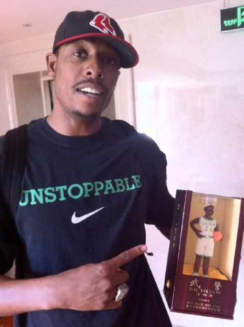 he also tweeted the following image of himself with his commemorative chocolate figurine - Paul Pierce Halloween